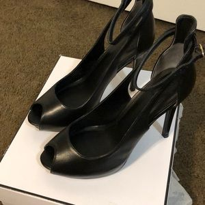 Guess leather heels